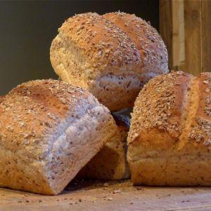Busbrood licht meergranen - heel gesneden